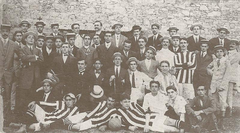 Jogadores e fundadores, em 1904