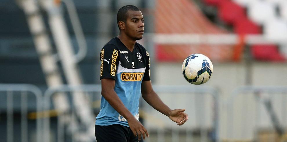 Botafogo: Régis espera vitória na última rodada e já mira melhora em 2015